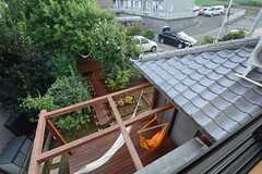 窓から見た庭の様子。(2014-09-03,専有部,ROOM,2F)