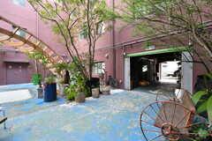 中庭の様子4。(2018-04-03,周辺環境,ENTRANCE,1F)