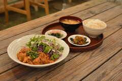 カフェでは、入居者価格で食事が食べられます。(2018-04-03,共用部,OTHER,1F)