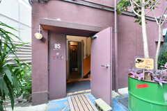 シェアハウスに繋がるドア。(2020-07-30,周辺環境,ENTRANCE,1F)