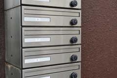 郵便受けは鍵付きで、専有部ごとに分かれています。(2018-03-09,周辺環境,ENTRANCE,1F)