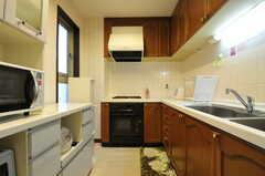 キッチンの様子。(2011-11-01,共用部,KITCHEN,5F)