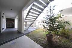 外廊下の様子2。(2013-12-17,共用部,OTHER,1F)