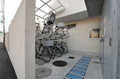 自転車置き場の様子。(2013-12-17,共用部,GARAGE,1F)