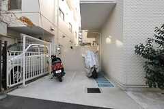 駐輪場の様子。(2013-12-17,共用部,GARAGE,1F)