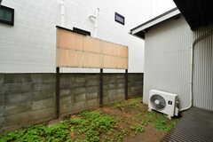 庭の様子。縁側付きです。(101号室)(2020-10-15,専有部,ROOM,1F)