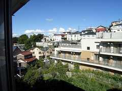 窓から見える景色。高台だけに眺望は抜群です。(205号室)(2007-07-13,専有部,ROOM,2F)