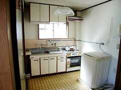 キッチンの様子。(301号室)(2007-07-13,専有部,ROOM,2F)