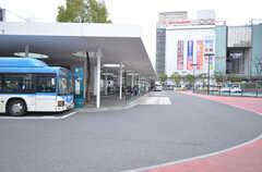 各線・川崎駅前からバスが出ています。(2016-02-25,共用部,ENVIRONMENT,1F)