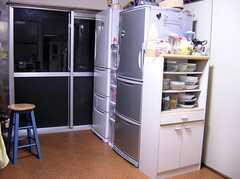 キッチンに置いてある共用冷蔵庫(2005-05-12,共用部,KITCHEN,)
