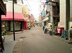 駅前商店街の様子。(2005-05-12,共用部,ENVIRONMENT,)