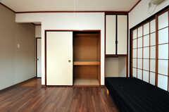 収納の様子。(101号室)(2011-01-19,専有部,ROOM,1F)