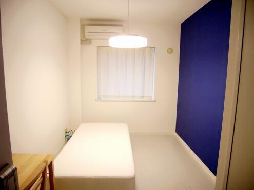 ブルーの部屋