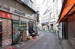 各線・登戸駅前の商店街。(2012-11-13,共用部,ENVIRONMENT,1F)