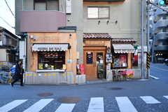 二子玉川方面にはカフェや雑貨屋さんもチラホラ3。(2017-02-13,共用部,ENVIRONMENT,1F)