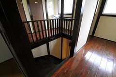 階段と廊下の様子。(2011-10-05,共用部,OTHER,2F)