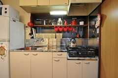 キッチンの様子。(2012-11-13,共用部,KITCHEN,1F)