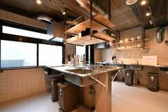 キッチンの様子。(2021-03-11,共用部,KITCHEN,1F)