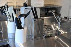 包丁などのキッチンツール。(2021-03-11,共用部,KITCHEN,1F)
