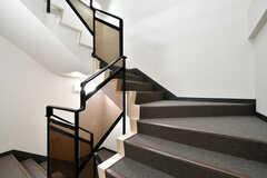 階段の様子。4階は男性専用エリアです。(2021-03-11,共用部,OTHER,3F)