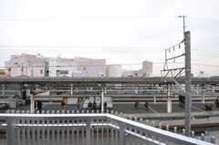 ベランダから見た景色。駅近でアナウンスも聞こえます。(606号室)(2012-03-22,専有部,ROOM,6F)