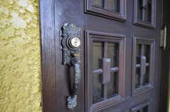 ドアハンドルの様子。(2011-07-06,周辺環境,ENTRANCE,1F)