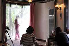 ファッション誌の取材時の様子6。(2010-05-21,共用部,LIVINGROOM,1F)