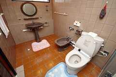 専用の水まわり設備。(204号室)(2008-08-22,専有部,ROOM,2F)