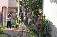 ファッション誌の撮影時の様子2。(2010-05-21,共用部,PARTY,1F)