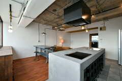 アイランドキッチンです。(2020-01-31,共用部,KITCHEN,2F)