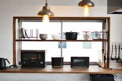 キッチン家電の様子。バルミューダのオーブンが設置されています。(2020-01-31,共用部,KITCHEN,2F)