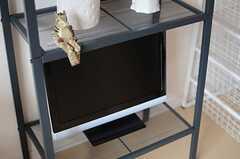 全室、TVと冷蔵庫付きです。(201号室)(2013-09-30,専有部,ROOM,2F)