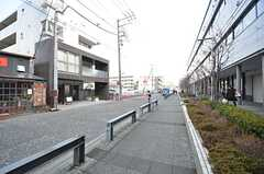 JR横浜線・淵野辺駅からシェアハウスへ向かう道の様子2。(2015-02-25,共用部,ENVIRONMENT,1F)