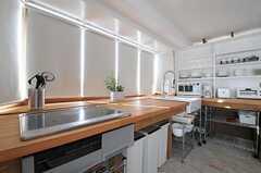 キッチンの様子2。(2012-09-19,共用部,KITCHEN,3F)