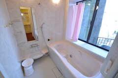 バスルームの様子。(2015-03-31,共用部,BATH,1F)