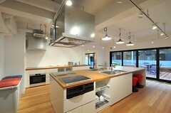 シェアハウスのキッチンの様子3。(2011-02-18,共用部,KITCHEN,1F)