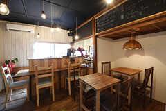 リビングの様子。シェアカフェは9:00〜17:00まで営業しているそう。(2016-09-30,共用部,LIVINGROOM,1F)