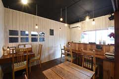 リビングの様子2。シェアカフェの営業利用は、入居者さんは¥2000オフとのこと。(2016-09-30,共用部,LIVINGROOM,1F)
