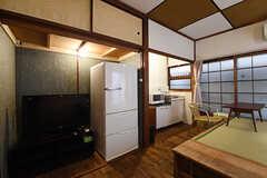専有部の様子2。全室、冷蔵庫が設置されています。(103号室)(2016-09-30,専有部,ROOM,1F)