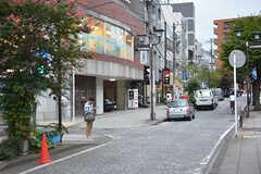 各線・石川町駅周辺の様子。(2016-09-30,共用部,ENVIRONMENT,1F)