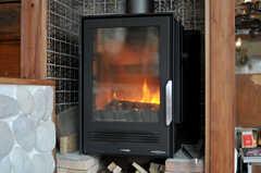 ラウンジにある暖炉。(2011-11-28,共用部,OTHER,3F)