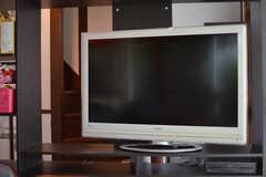 共用TVの様子。(2020-06-22,共用部,LIVINGROOM,1F)