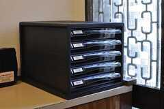郵便受けは入居者さんと事業者さん用があります。(2012-08-24,周辺環境,ENTRANCE,1F)