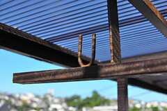物干し竿が掛けられます。(2012-08-24,共用部,OTHER,2F)