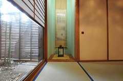 専有部の様子3。押入収納があります。(101号室)(2011-01-25,専有部,ROOM,1F)