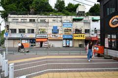 駅前の商店。(2017-05-31,共用部,ENVIRONMENT,1F)