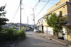 周辺は住宅街です。(2015-10-21,共用部,ENVIRONMENT,1F)