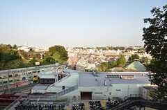 弘明寺公園の階段からの景色。下に弘明寺駅が見えます。(2015-10-21,共用部,ENVIRONMENT,1F)