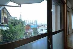 窓からの景色。(102号室)(2015-09-18,専有部,ROOM,1F)