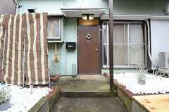 正面玄関の様子。(2015-02-18,周辺環境,ENTRANCE,1F)